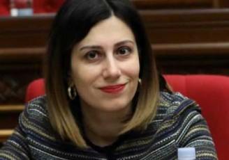 پزشک ایرانی از وزیر بهداشت ارمنستان تشکر کرد!