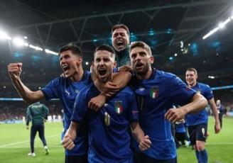 ایتالیا با درخشش دوناروما فینالیست شد