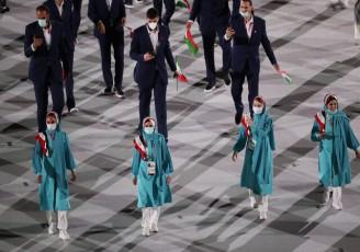 طراح لباس کاروان ایران در پوست خود نمی گنجید!