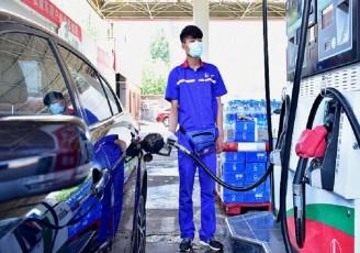 کاهش قیمت بنزین در چین