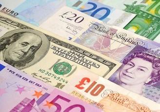 دلار و یورو عقب نشینی کردند/ قیمت امروز در بازار